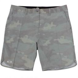 Oakley Crater Amphibian Boardshorts Mens Size 32 M Camo Gree