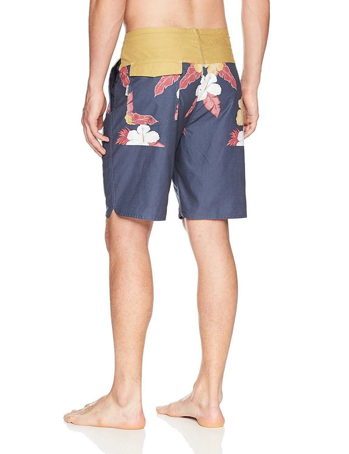 Rip Curl Men's Treehouse Layday Boardshort