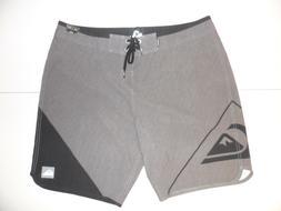 "QUIKSILVER Men's ""New Wave 20"" Boardshorts - KTA6 - Size 38"