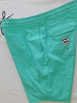 new mens size 32 jade all day