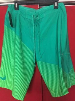 NWT Nike Men's Swim Board Shorts Size M. 32   $62 Ness Green